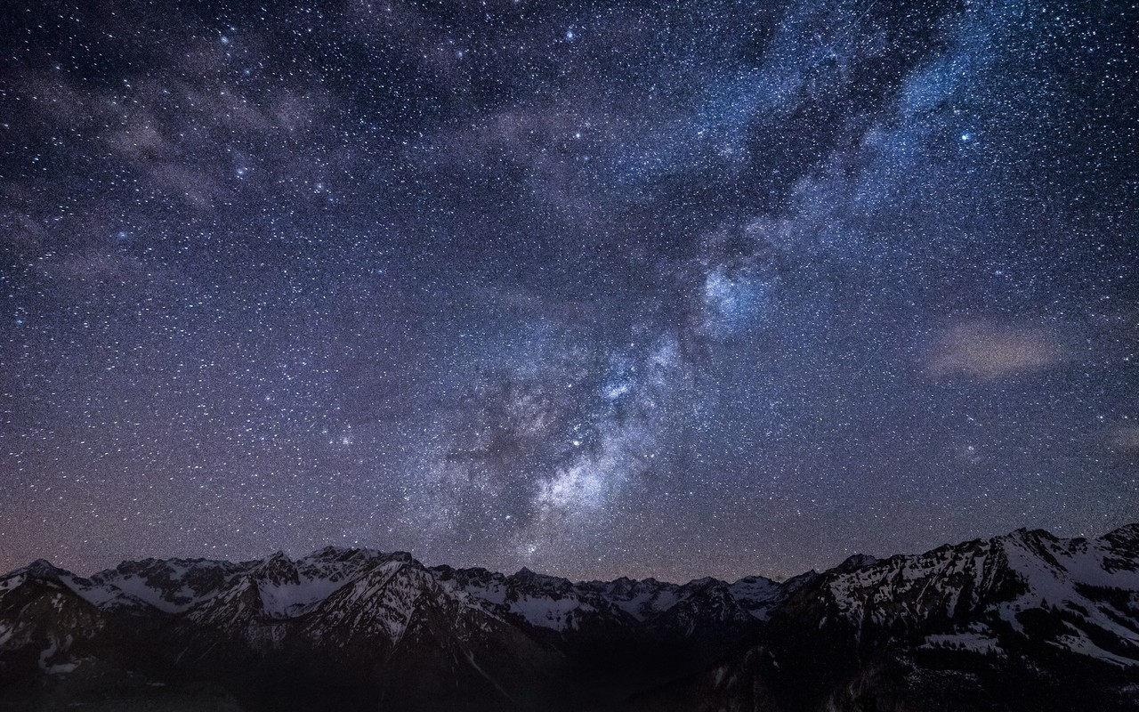starry-sky-above-the-mountains-15641